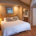 Creekside-Chalets-OxfordTwoBedroom_full-master-bedroom-min