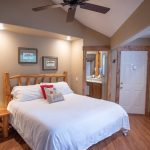 Creekside-Chalets-ShavanoOneBedroom_full-bedroom-min-1