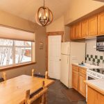 Creekside-Chalets-ShavanoOneBedroom_kitchen-min-1