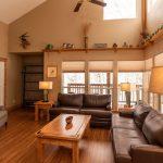 CreeksideChalets-AnteroOneBeddroom_livingroom-min