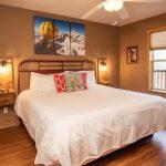 CreeksideChalets-columbia-bedroom1