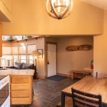 CreeksideChalets-yale-kitchen2